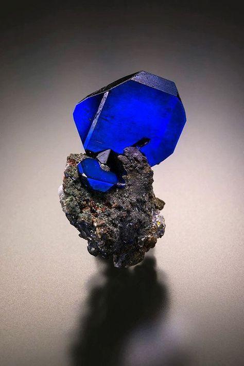 Azutite - Tsumeb Mine, Tsumeb, Namibia Size: 23 x 16 x 17 mm
