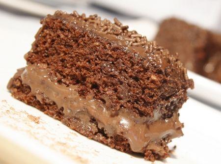 Este bolo delicioso e muitas outras gostosuras você encontra em nosso aplicativo de receitas, que agora tanbém está disponível para Windows Phone! Clique na foto, baixe e vire Chef em poucos toques!
