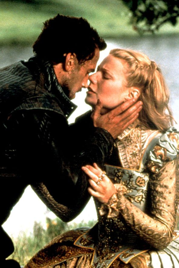 Star-crossed lovers Will (played by #JosephFiennes) and Lady Viola (played by #GwynethPaltrow) in #Shakespeare in Love.