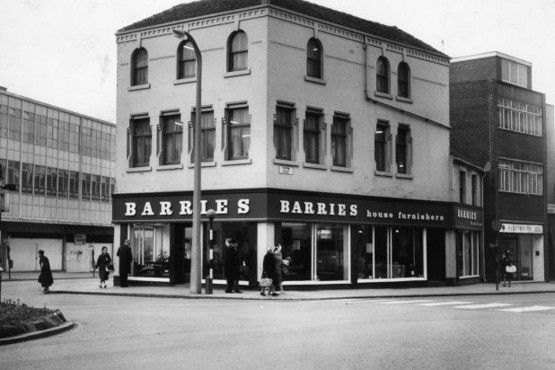Barrie's on Tontine Street in 1966.