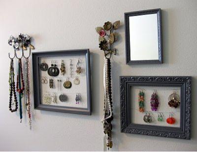 Unique Jewelry Displays