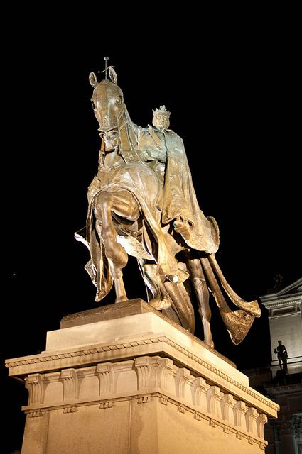 Louis the IX statue in Forest park, St. Louis MO