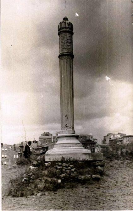 İstanbul Okmeydanı'nda Padişah 3.Selim'e ait nişan taşı