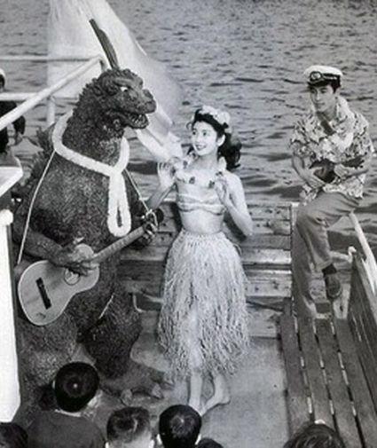 Delightful Behind The Scenes Photos of Godzilla