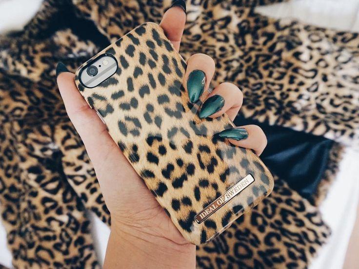 iDeal Of Sweden Fashion Case 'Wild Leopard' - pic by: @adrianabrunstrom #idealofsweden #phonecase #leopard #details #inspo #trendy