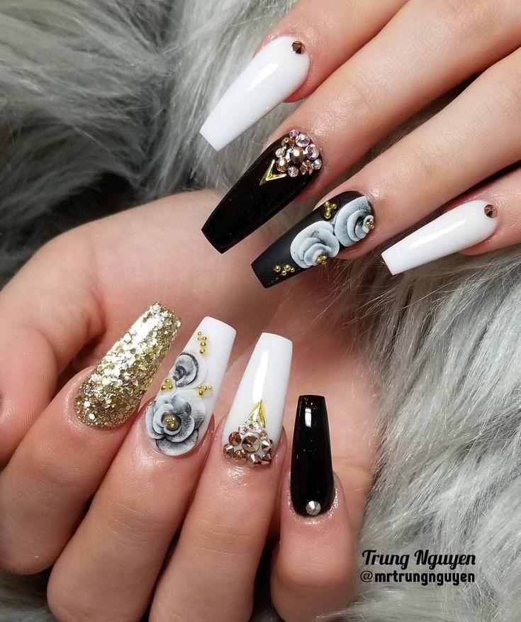 """Trung Nguyen on Instagram: """"My client requested to do this design @vanessa_nailz and use VN Luxury Gold ✨✨ * * * #allacrylic #coloracrylic ##nails #nailsaddict…"""""""
