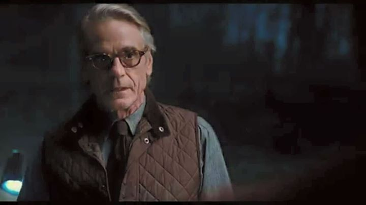 I know Oracle already posted this, but I'm going to post it again for the people in the back lol. (Zoom in and look at his glasses you can see a cape) Lara♡ #Batman #dccomics #superman #manofsteel #dcuniverse #dc #marvel #superhero #greenarrow #arrow #justiceleague #deadpool #spiderman #theavengers #darkknight #joker #arkham #gotham #guardiansofthegalaxy #xmen #fantasticfour #wonderwoman #catwoman #suicidesquad #ironman #comics #hulk #captainamerica #antman #harleyquinn