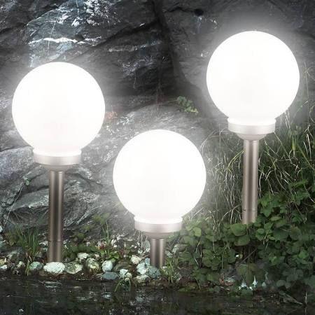 die besten 25 solarkugeln garten ideen auf pinterest kugellampe garten solar licht und. Black Bedroom Furniture Sets. Home Design Ideas