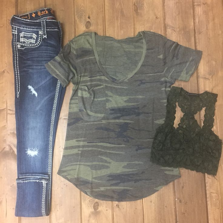 Casual & Comfy // Camo Pocket Tee + olive Lace Bralette & Rock Revival Skinny Jeans