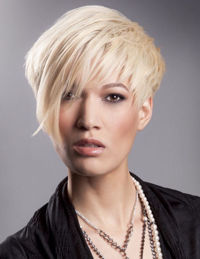 short platinum hair styles 17 best ideas about new hairstyles on 5474 | fb0145d0a43725e73743cb03a960f954