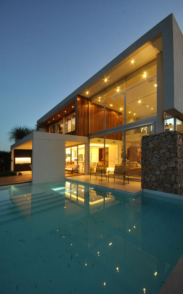 #Casas #Houses #Piscinas #Swimmingpool #VanguardaArchitects #Arquitectura #Architecture