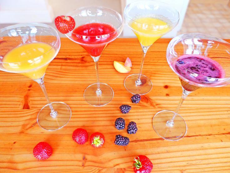 Orange, strawberry, peach, and blackberry daiquiris! Fruity daiquiri recipes on our blog!