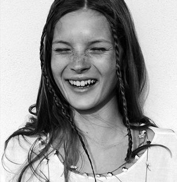 A fresh & freckled Kate Moss - @Urbandaddy