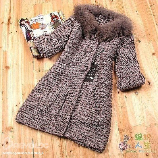 Beautiful taupe knitted coat in garter stitch
