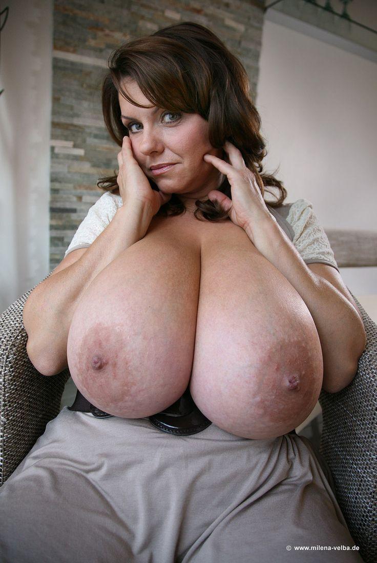 Milena velba reading boob clip
