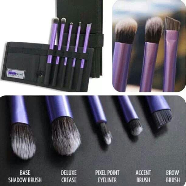 Real techniques purple so pretty