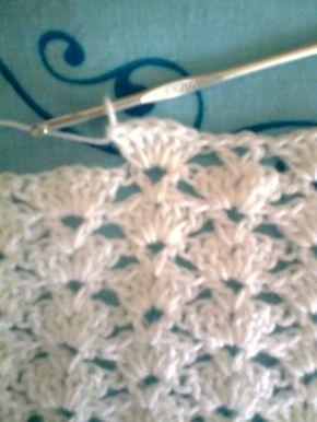 Manta de bebe en crochet !!                Amigas aqui les dejo el paso a paso de esta manta ,la calidad de la foto no es muy buena pero se ... [] #<br/> # #Knitting,<br/> # #Step,<br/> # #Points,<br/> # #Weave<br/>