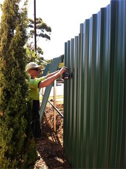 colorbond fence sheeting installation