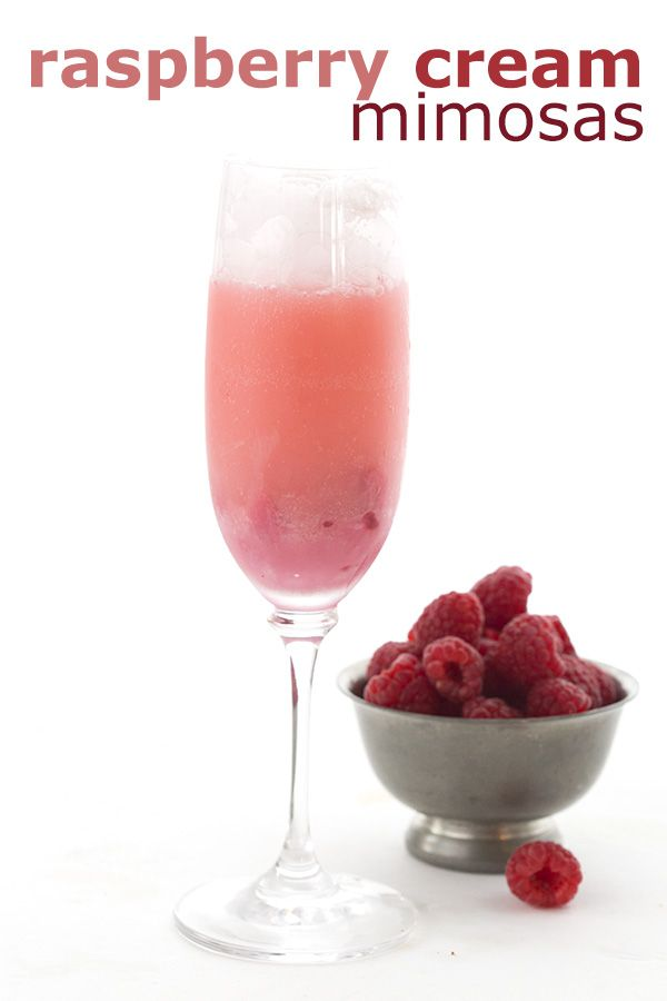 Healthy low carb sugar-free cocktail recipe. Creamy frozen raspberry puree and champagne.  via @dreamaboutfood
