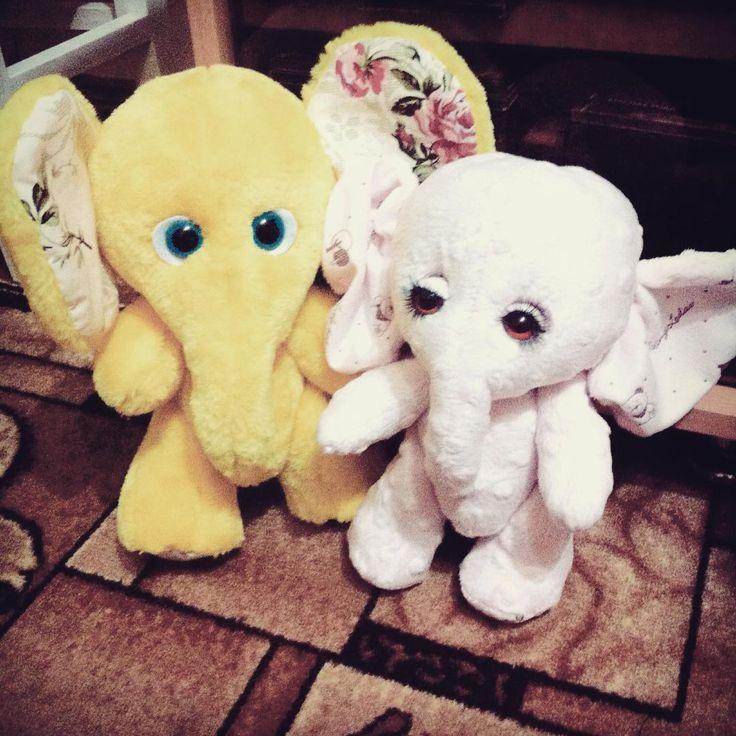 Вот еще два пушистика🐘, которые обрели свой дом 😍😍😍 #любимыеигрушки #катинымалышки #длявас❤️ #милыепушистыезверюшки #слоники🐘#игрушкиручнойработы#пушистыедрузья#fluffymois#игрушкиназаказ #милашки😍#ушастикимои