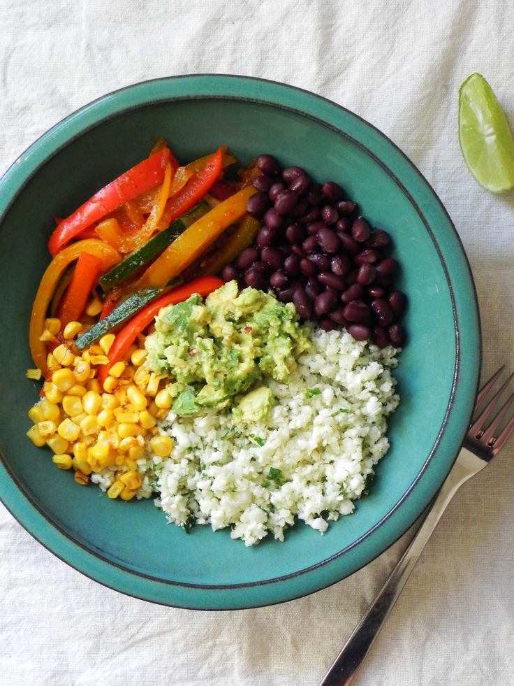 Fajita Bowls with Cauliflower Rice {Vegan}
