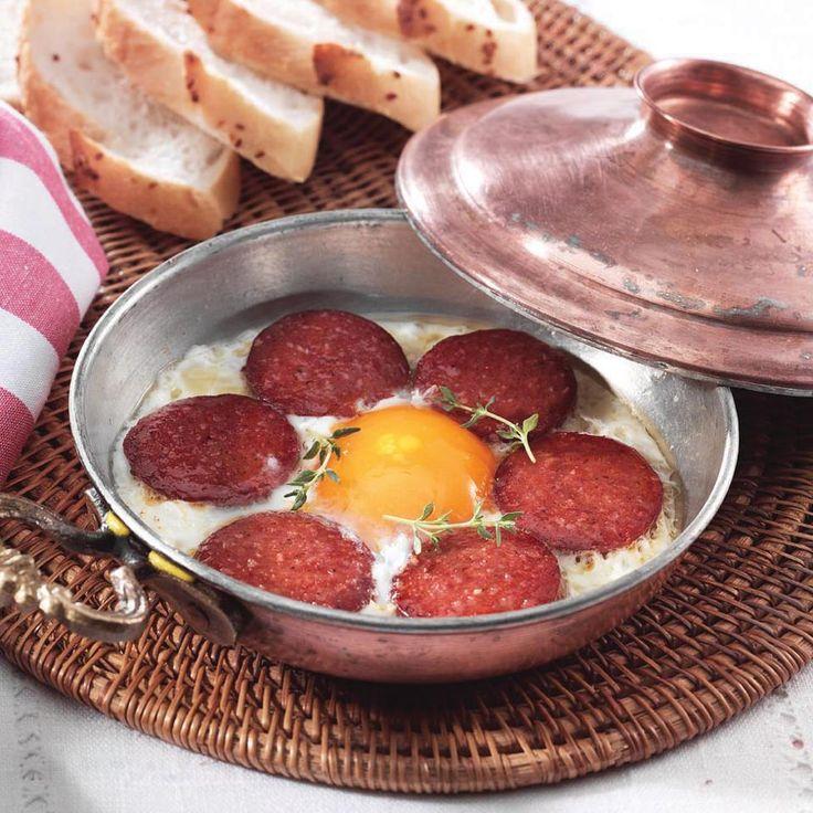 Turkish Breakfast - Sucuklu Yumurta