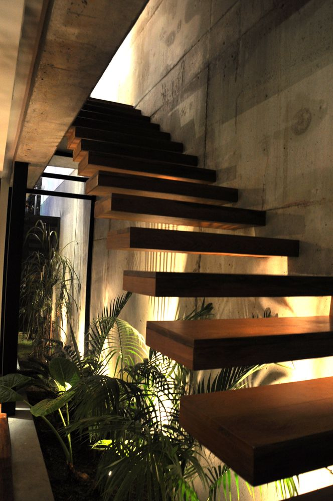 Home Marielitas / Dayan Studio Architects - #detail #design #interiors #architecture #decor #surfaces #walls #staircases