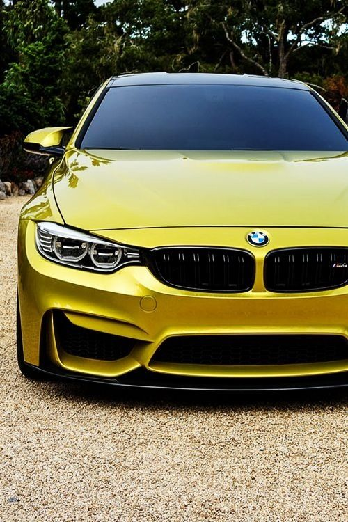 BMW M4 - erm hello there, you sexy beast!