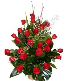 Cosuri de flori Cos de trandafiri rosii