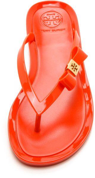Tory Burch Bow Flip Flops http://rstyle.me/n/eg32jnyg6