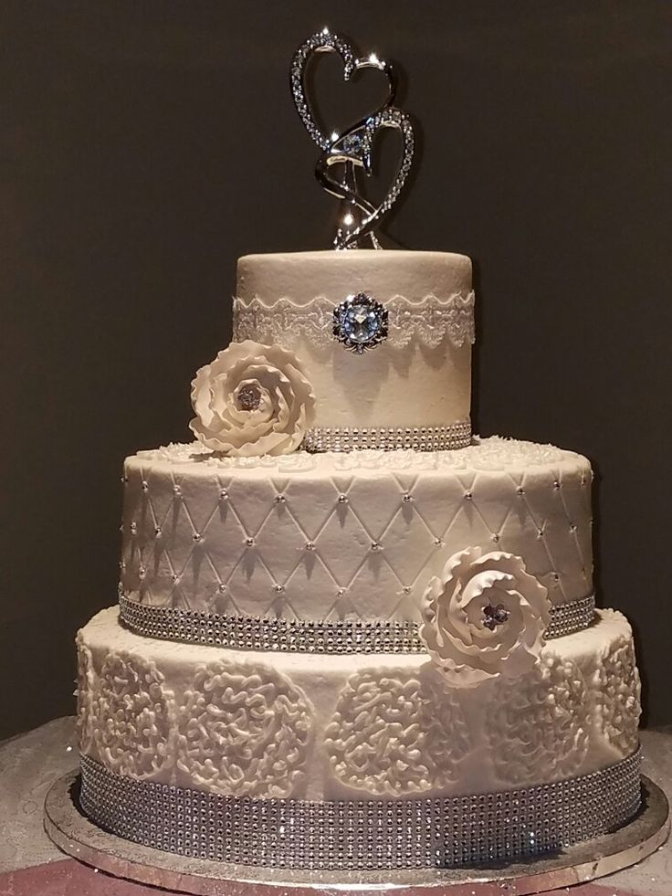 top tier wedding cake anniversary 17 best images about wedding cakes on wedding 21073