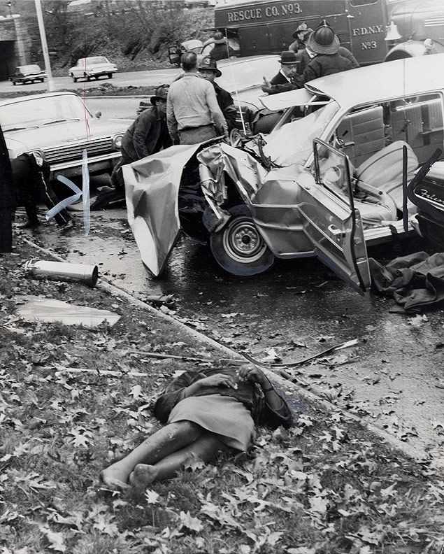 Beautiful Old Car Wrecks Pictures Inspiration - Classic Cars Ideas ...