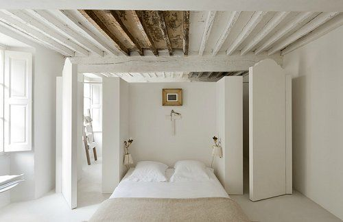 love this idea of not painting all the beams