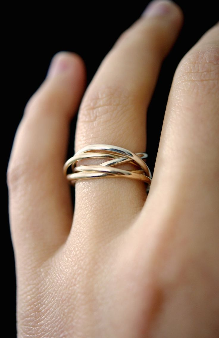 Thin Interlocking Rings, Set Of 5 Rose Gold, Gold, Silver Interlocking Rings ,