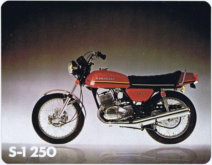1972_Kawasaki 250 S1 2-stroke brochure.USA_01