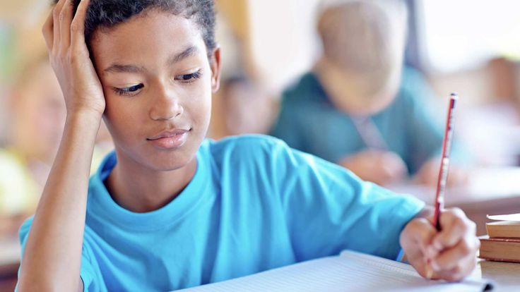 Note-taking in class can be a challenge for kids with slow processing speed. These tips can help kids with information processing issues keep up and take good notes.
