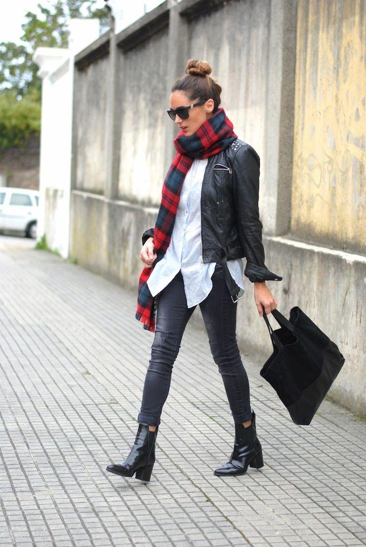 2014 jeans: Bershka, shirt: American Vintage, bag: Caramelo/American Vintage scarf: Zara,