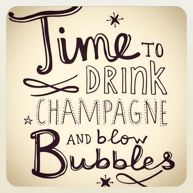 ✨Let the party begin!✨ #nye #aurevoir2014 #happy2015 #newyear #partytime #celebrate #festive #jolly #2015loading  #champagne #enjoy #eve #happynewyear #fun #happy #love #wishes #klaidrajewelry