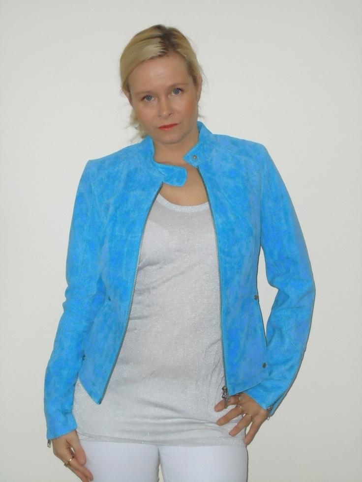 Ibana rouge jasje, Notorious blauw suede jasje. | FASHION OBSESSION