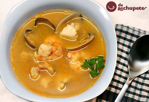 sopa de pescado y marisco  http://recetasderechupete.hola.com/sopa-de-pescado-y-marisco/7127/