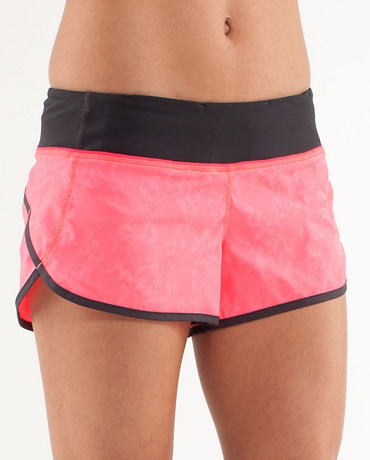 love my new run: speed shorts in flash. Def need to go back to get the white & menthol ones!
