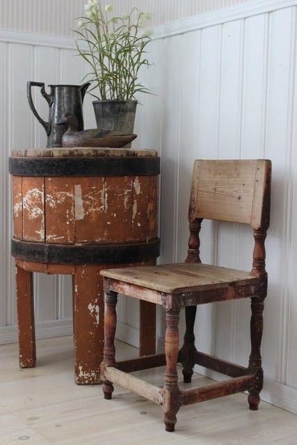 Wanha hurmaava pikku-tuoli | sateenkaarentaa