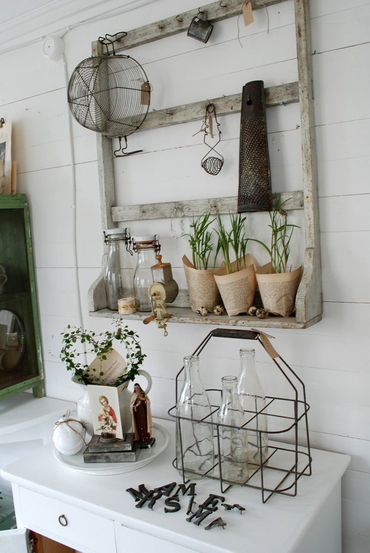 #vintage #outdoor #decor #paper pots  #shelf