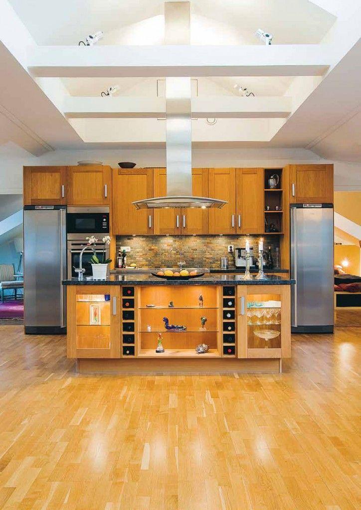 Scandinavian Design: A Modern Loft in the Attic | HomeDSGN