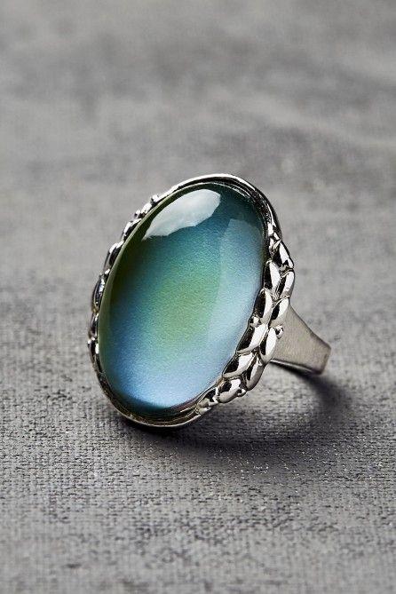 Burnished Silver Oval Leaf Mood Ring