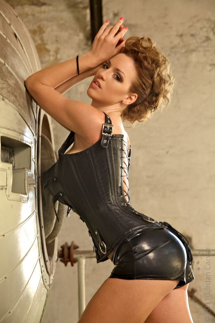 Share your wifey dressed in leather suit mistress for
