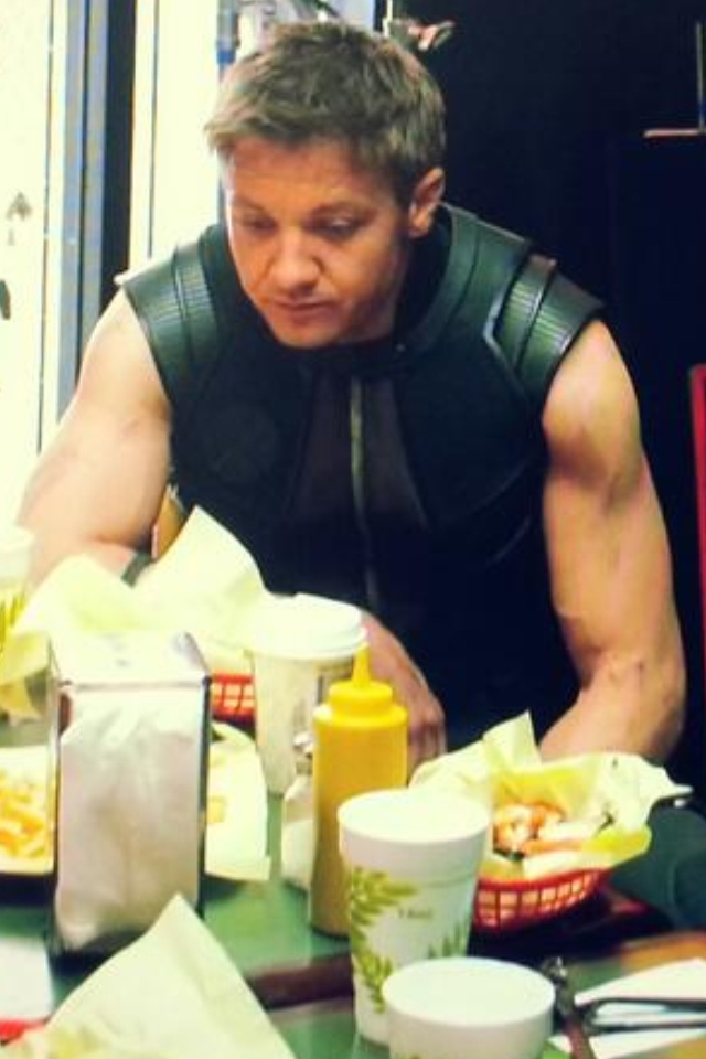 The avengers eating shawarma - proof Hawkeye is like the cutest person ever. LOOK AT HIM