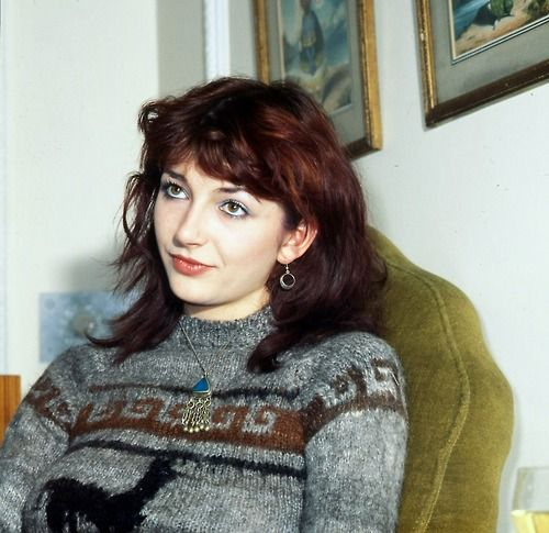 I love it when Kate Bush wears sweaters and blue jeans and still looks like a magical creature