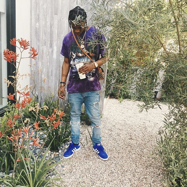 Travis Scott wearing the 'Royal' adidas Campus II