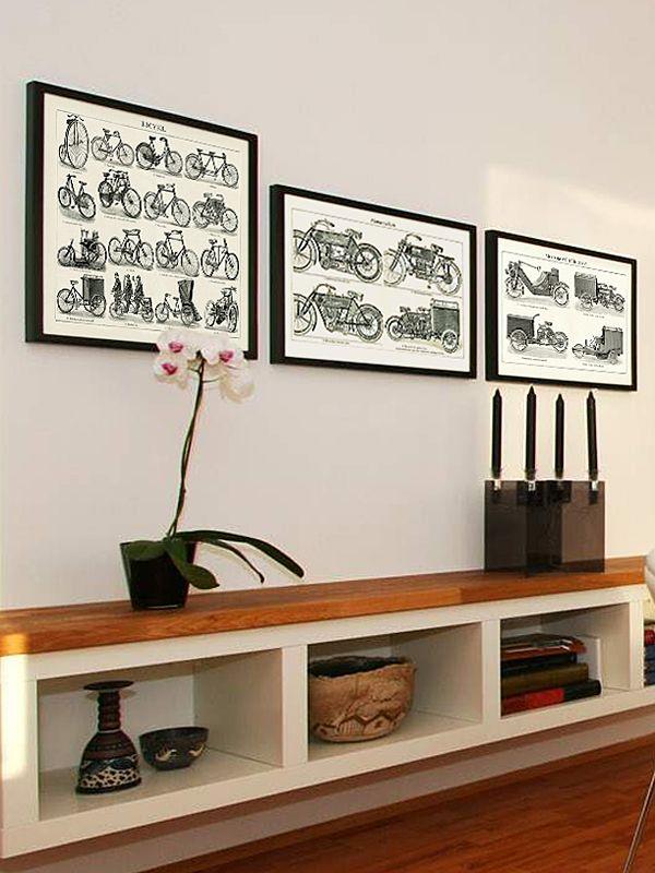 Obrazy historických dopravních prostředků - bicyklů, motorových kol a tříkolek - dodají kouzelnou atmosféru Vašemu domovu či kanceláři